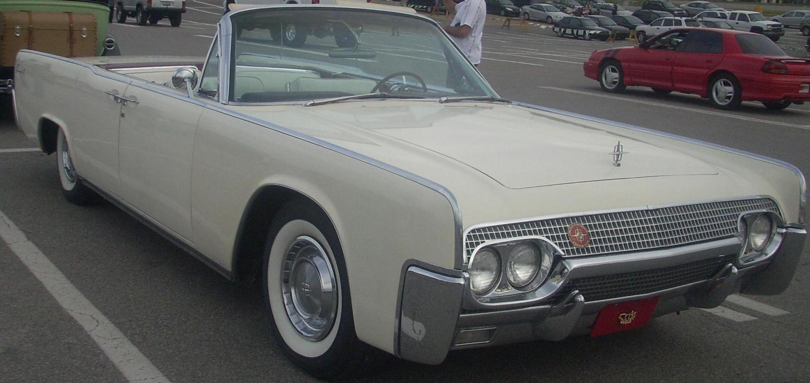 Lincoln Continental - Foto: Bull Doser