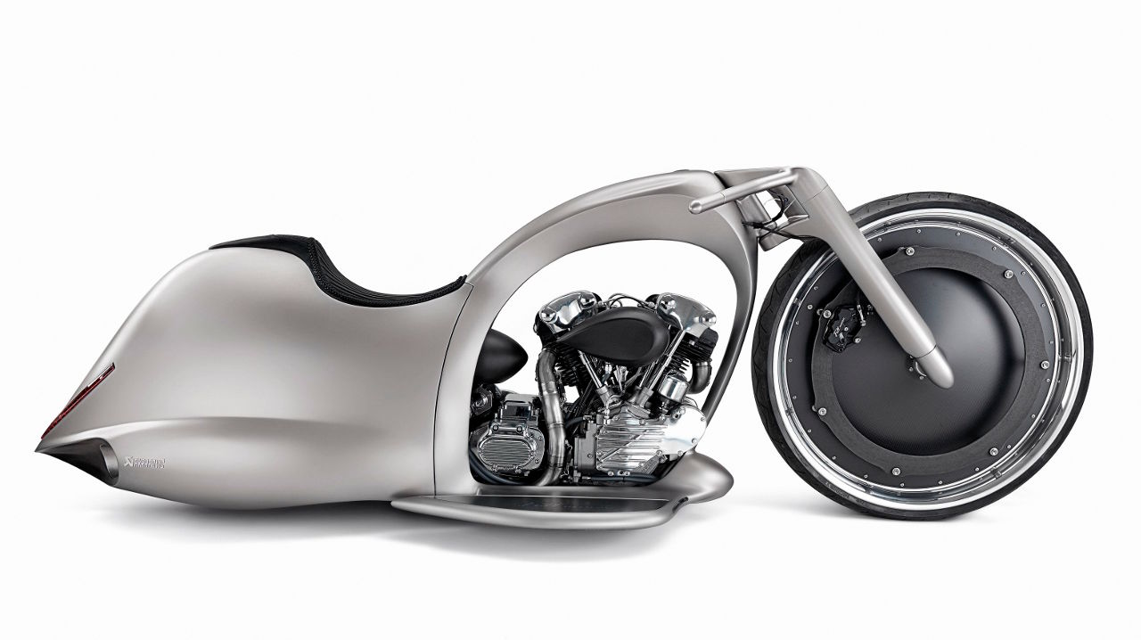 Akrapovic Full Moon Concept lado